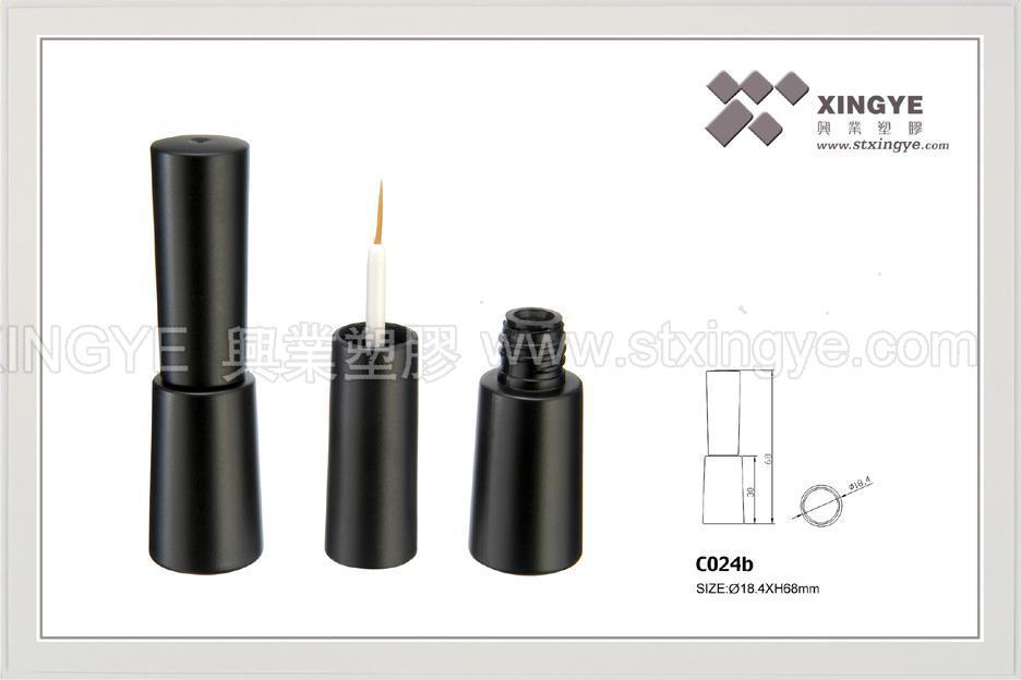 C024b眼線